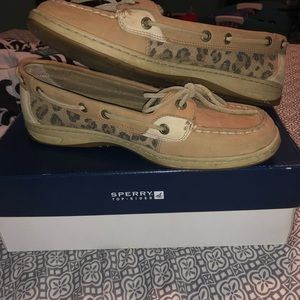 sperry boat shoes leopard print